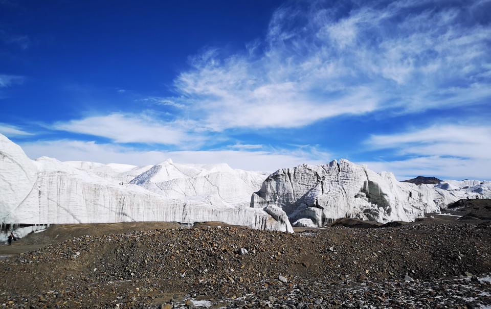 记者深入西藏羌塘无人区腹地 探访普若岗日冰川