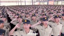 近2千火箭军新兵入伍宣誓现场